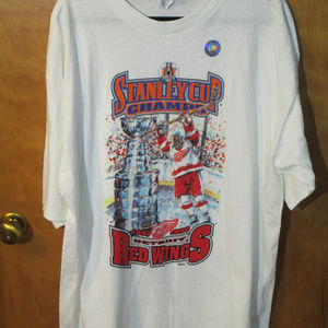 Vintage 1998 Detroit Red Wings Stanley Cup Shirt